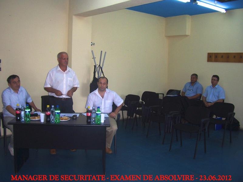 s4-absolvire-201205