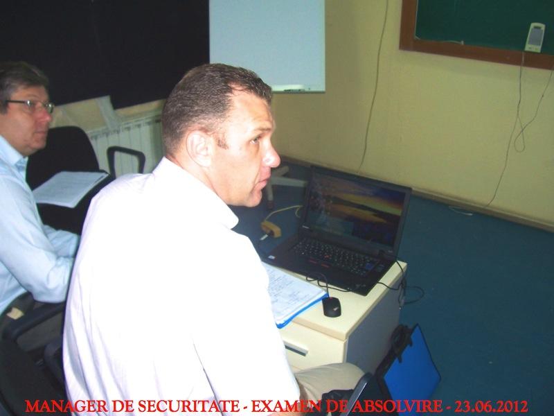 s4-absolvire-201213