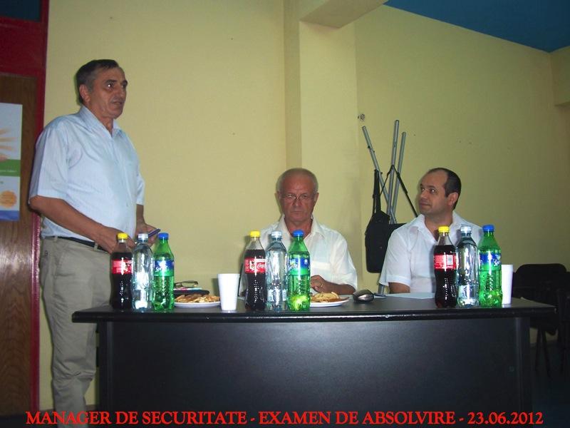 s4-absolvire-201219